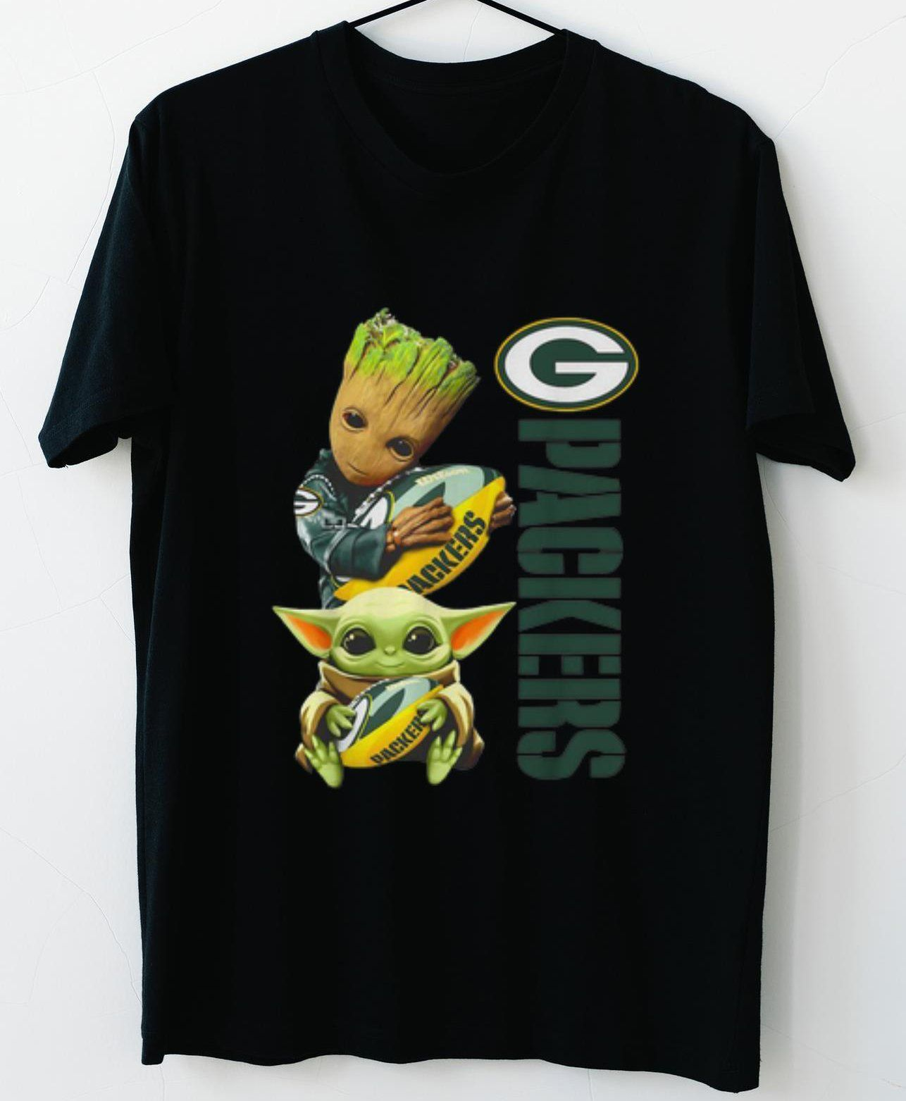Baby Groot And Baby Yoda Hug Green Bay Packers T-shirt