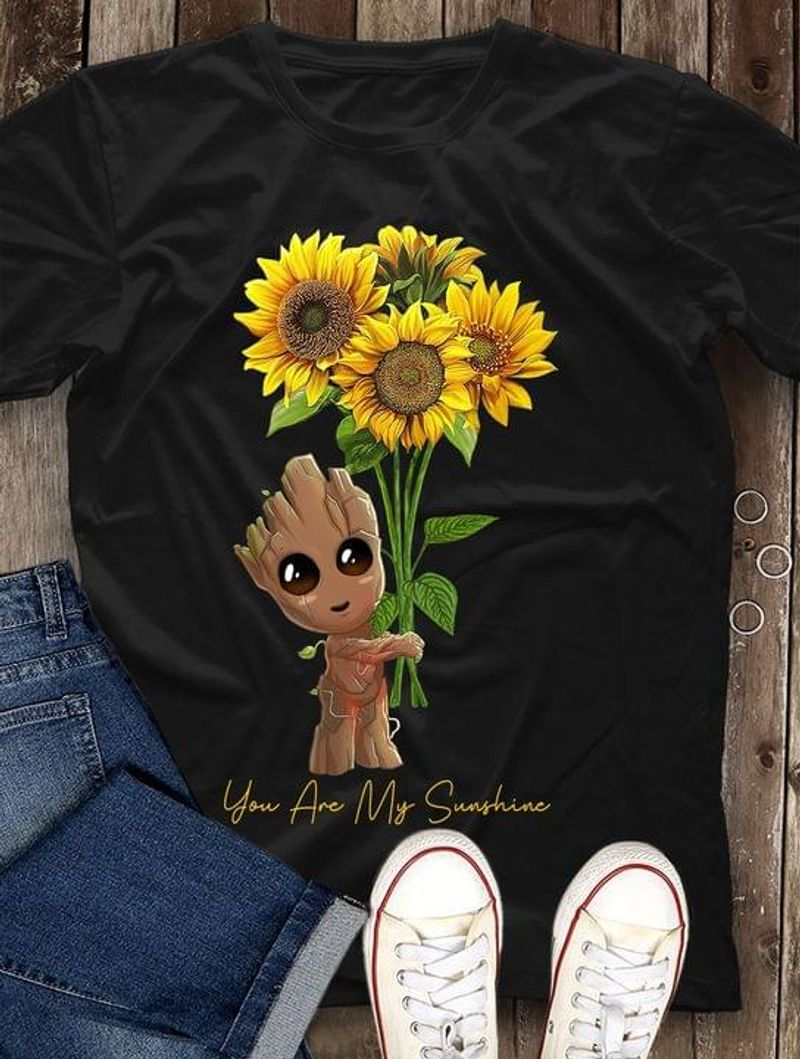 Baby Groot Hold Sunflowers You Are My Sunshine Gift For Fans Black T Shirt Men And Women S-6XL Cotton