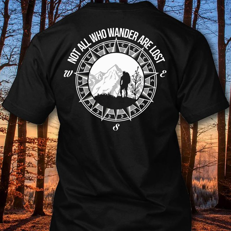 Bigfoot Not All Who Wander Are Lost T-Shirt Black A5