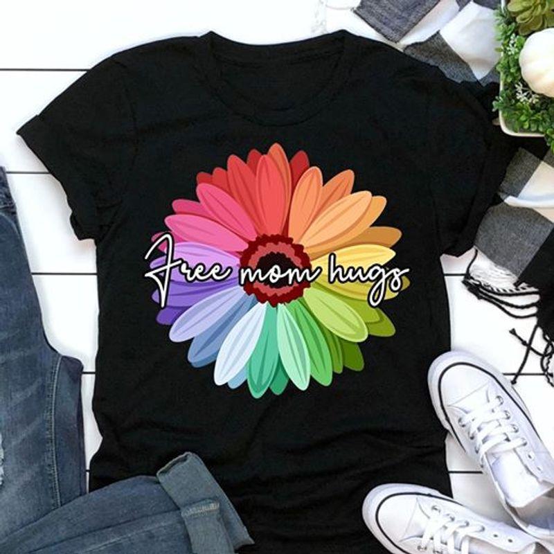 Free Mom Hugs T-shirt Black