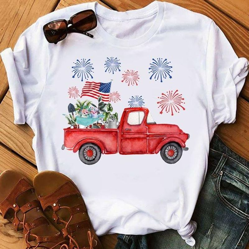 Garden Lovers The Car Happy Independence Day 4th Of July White T Shirt Men/ Woman S-6XL Cotton