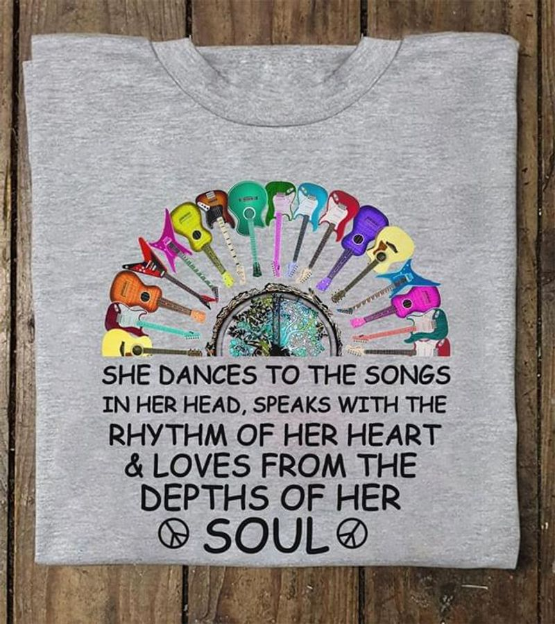 Guitar She Dances To The Songs Rhythm Of Heart Love From The Depths Of Soul Grey T Shirt Men And Women S-6XL Cotton