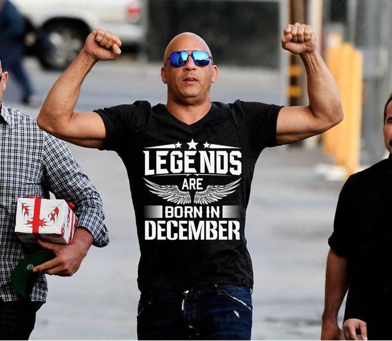 Legends Are Born In December   T-shirt Black B1
