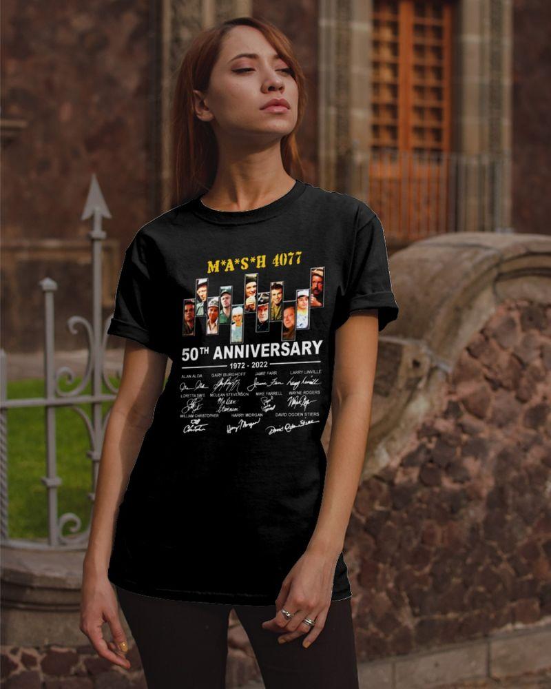 M*A*S*H 4077 50th Anniversary Signatures Black T Shirt Men/ Woman S-6XL Cotton