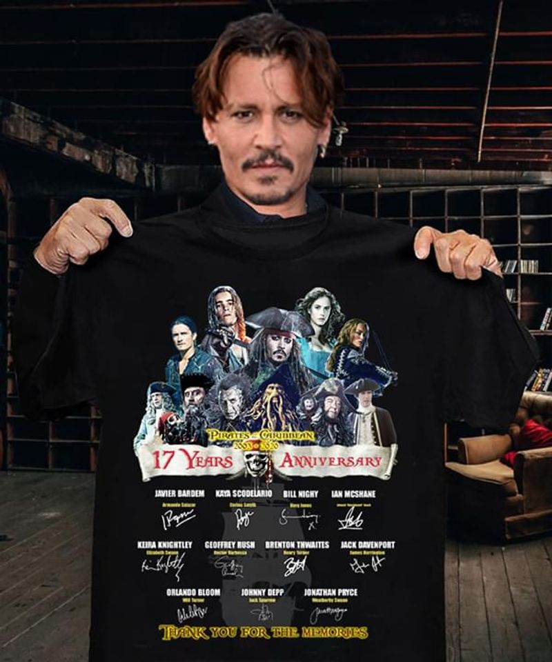 Pirates Of The Caribbean 17Th Anniversary Image And Signatures Fans Gift Black T Shirt Men And Women S-6XL Cotton