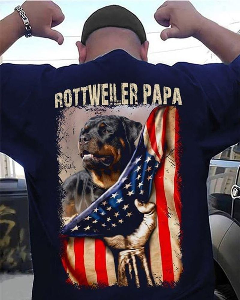 Rottweiler Papa Bulldog United States Hanging On Independence Day Black T Shirt Men And Women S-6XL Cotton Back Side