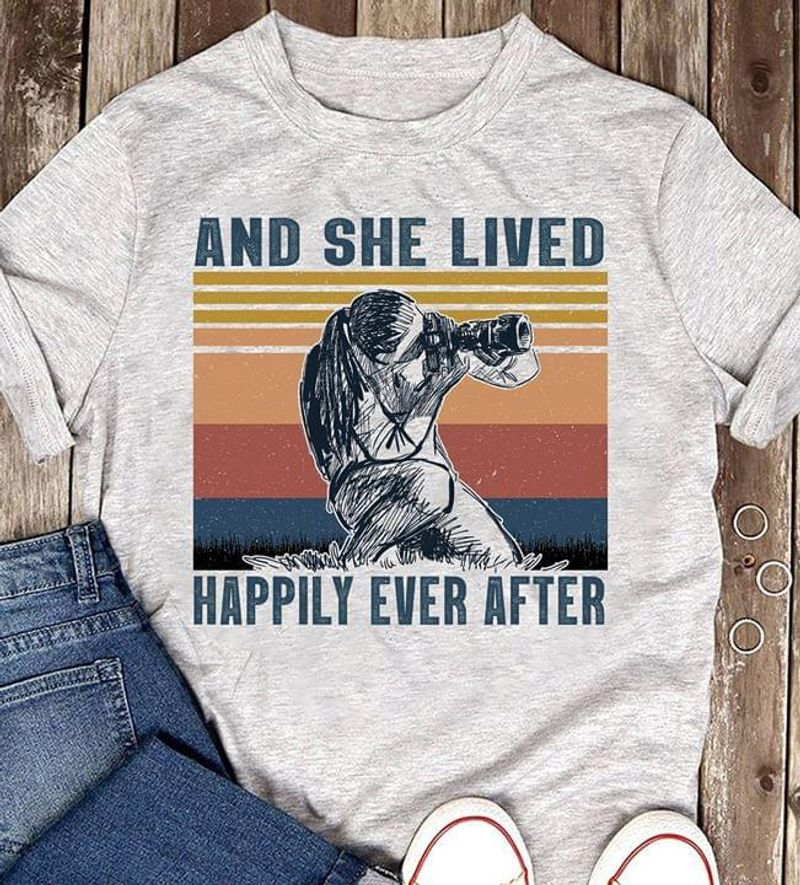 The Girl With The Camera Illustration And She Lived Happily Ever After Grey T Shirt Men And Women S-6XL Cotton