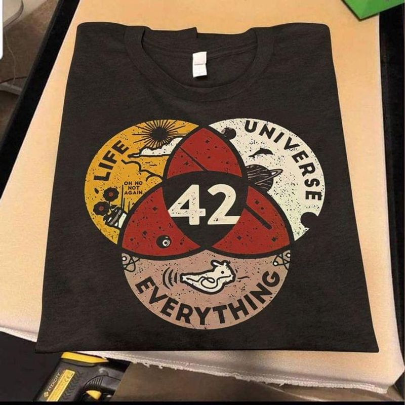The Hitchhiker's Guide To The Galaxy 42 Quote 42 Life Universe Everything Black T Shirt Men And Women S-6XL Cotton