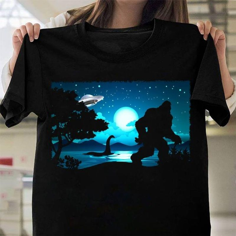 Ufo Bigfoot The Loch Ness Monster Ideal Gift For Friends Black T Shirt Men And Women S-6XL Cotton